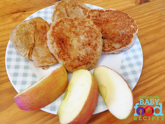 Oatmeal and apple pancakes for baby